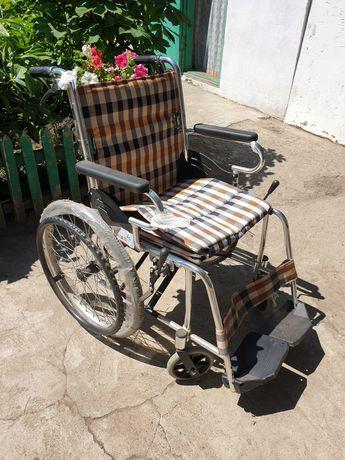 Продаётся инвалидная коляска (комнатная, новая)