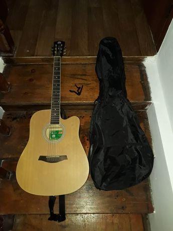 Продам гитару. Metsas ТОРГ ЕСТЬ