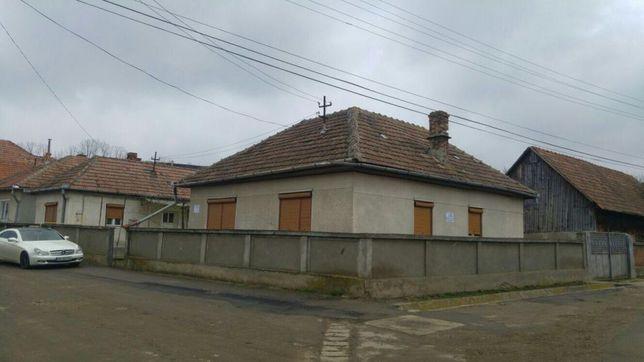 Casa de vanzare in Tiur