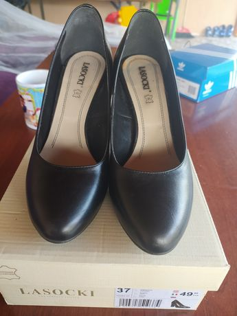 Vând pantofi piele dama