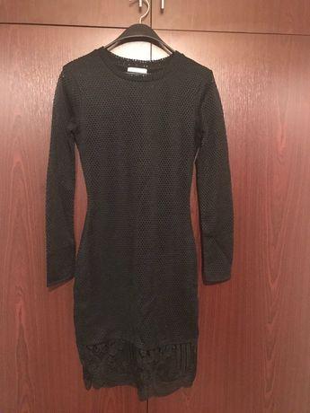 Черна рокля на zara