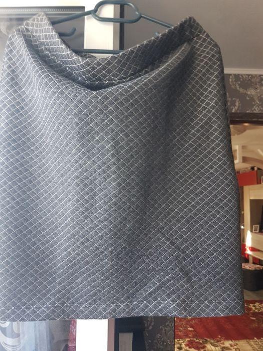 Fustă +pulover.. Campina - imagine 1