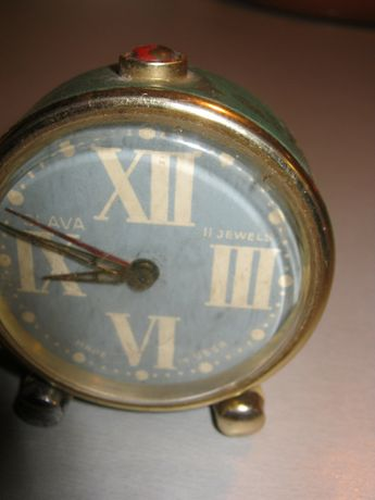 Ceas de masa Slava