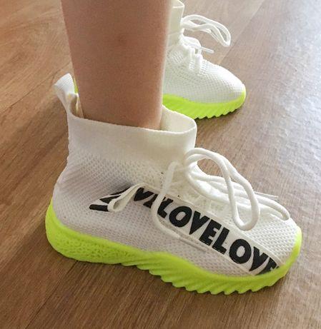Новые модные кроссы