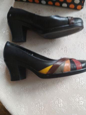Туфли размер 38 б/у в отличном состоянии