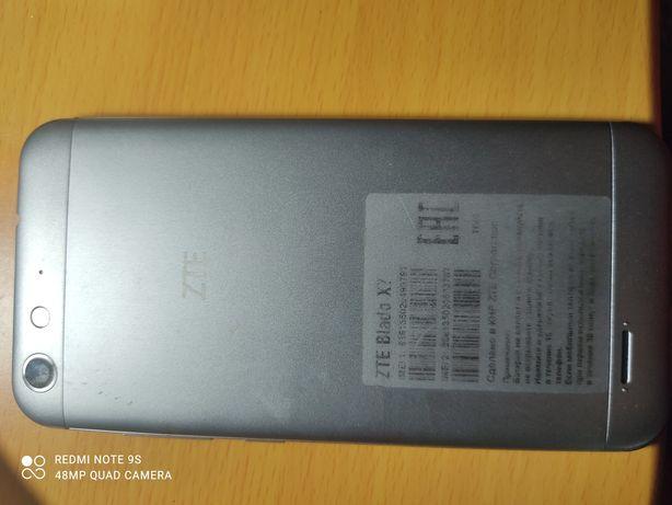 продается телефон ZTE Blade X7