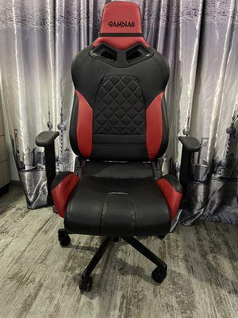 Продам игровое кресло