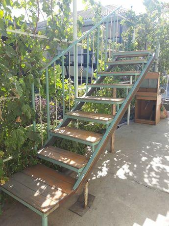 Лестница для дома б/у