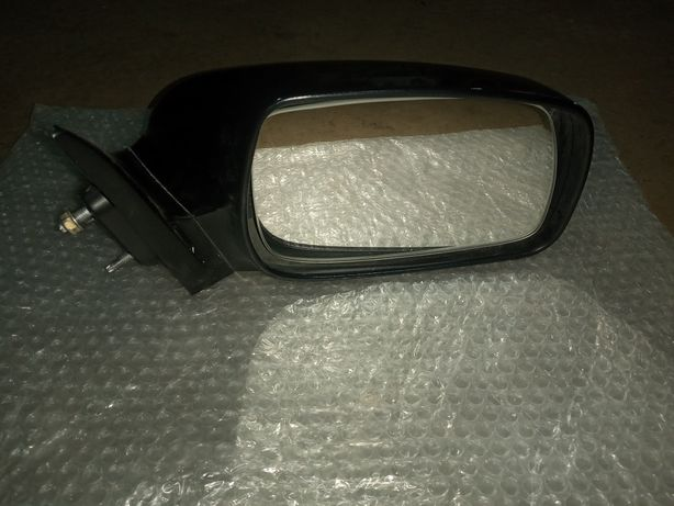Продам зеркало тайота камри 40. В отличном состоянии