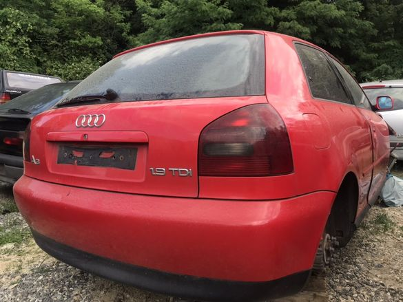 Audi A3 1.9 TDI 90кс На Части гр. Бургас - image 5