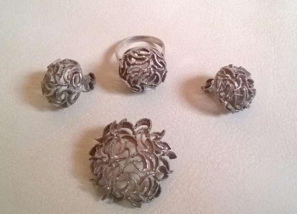 Комплект дизайнерски сребърни бижута - обици, пръстен, брошка