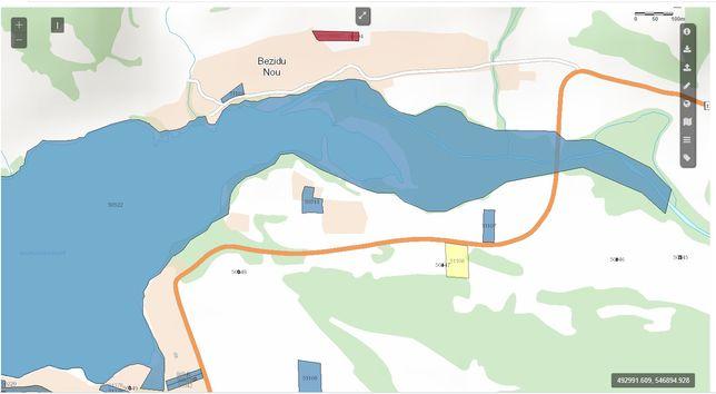 Schimb cu Dacia Daster sau vand teren la lacul Bezid