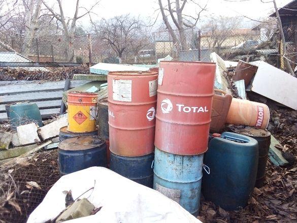 Варели и туби за отработено ДВГ масло