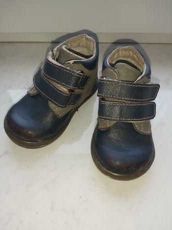 Осенние кожаные ботиночки для мальчика, размер 20