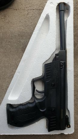 Въздушен пистолет 5.5мм черен китайски нов