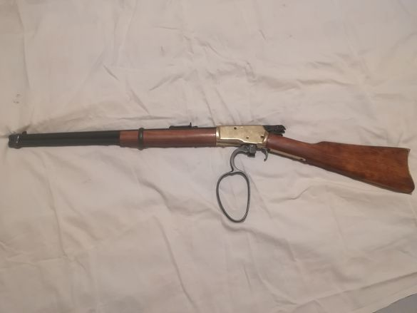 Пушка Уинчистер 1892. Каубойска карабина от дивият запад