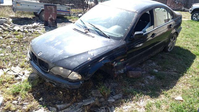 BMW 330 avariat e46