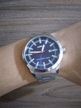 Часы Lorus water 100m RESIST