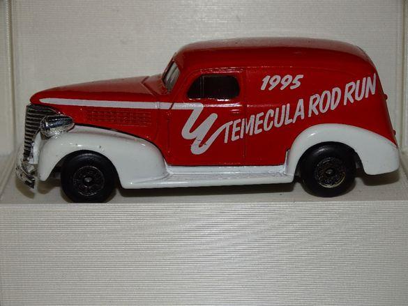 Мачбокс / Matchbox Шевролет / '39 Chevy Sedan Delivery