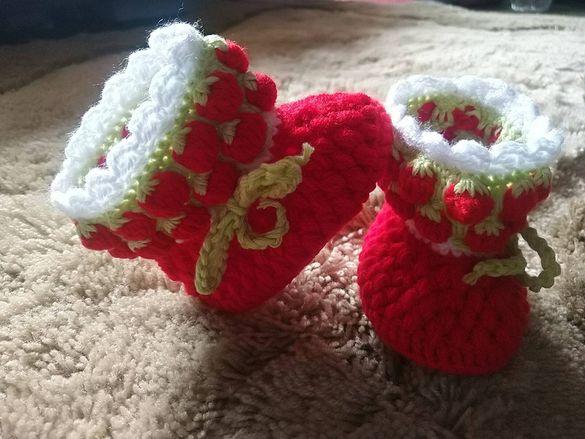 Бебешки терлички, ръчно плетиво