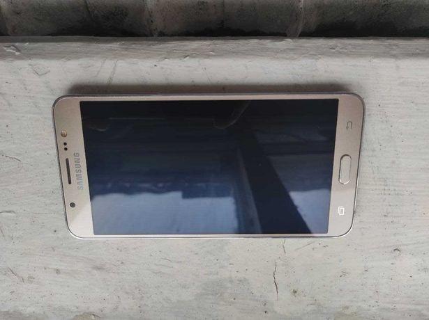 Продам Samsung Galaxy J7 (2016 года) Не работает сенсор.