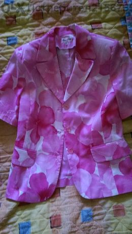 Розово сако
