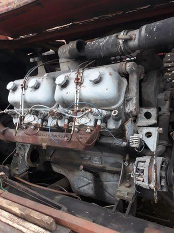MOTOR D 120 trac 8 in V și compresor