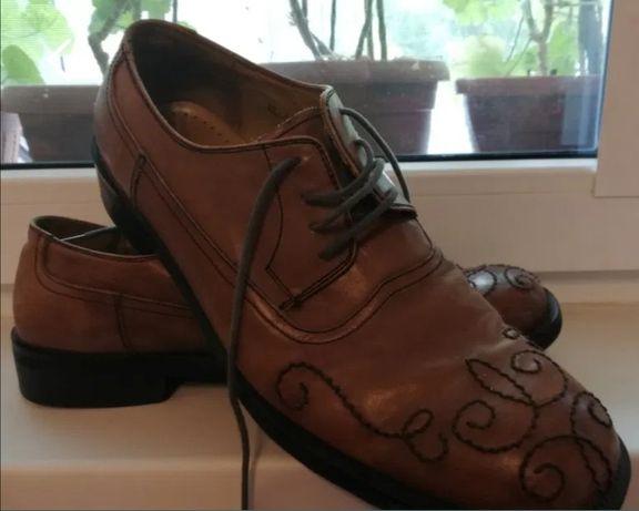 Pantofi barbati, mărimea 43