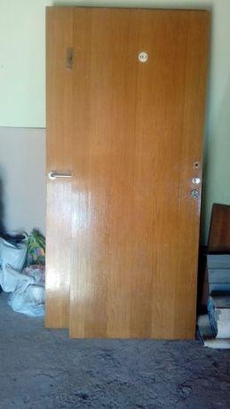Двери 6 шт оптом 10000 тг