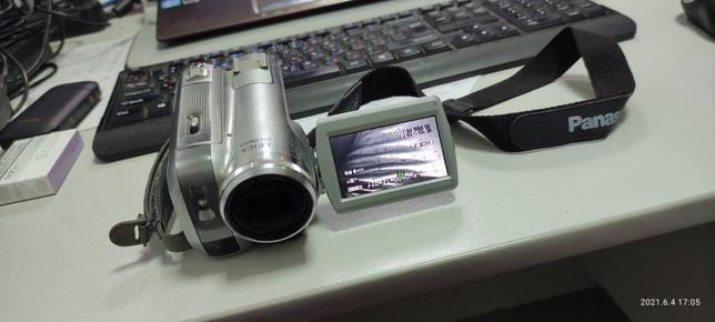 Видеокамера кассетная PANASONIC