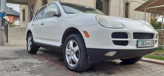 Porsche cayenne 2004г