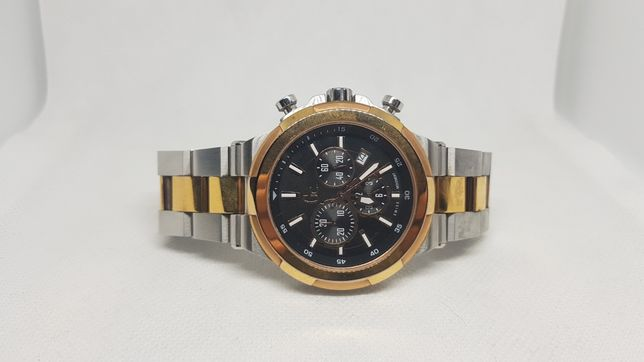 Ceas Guess Collection Sport Chic Y23003G2