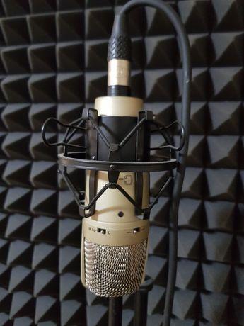 Продам конденсаторный студийный микрофон