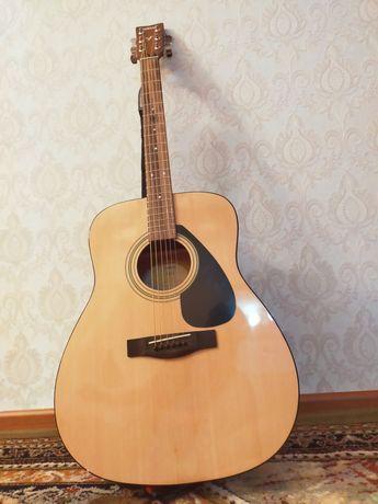 Продам гитару YAMAHA,купил 20.09.21,чек есть и год гарантия на гитару,