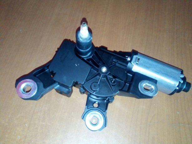 Vănd motoraș ștergător lunetă defect pentru Touareg 7p (2010-2018)