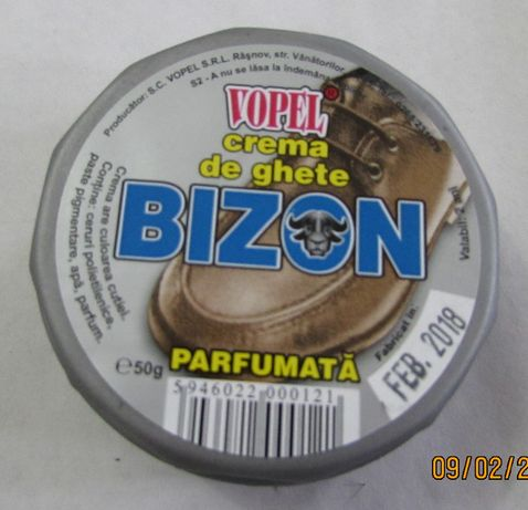 BIZON - Crema neagra de pantofi