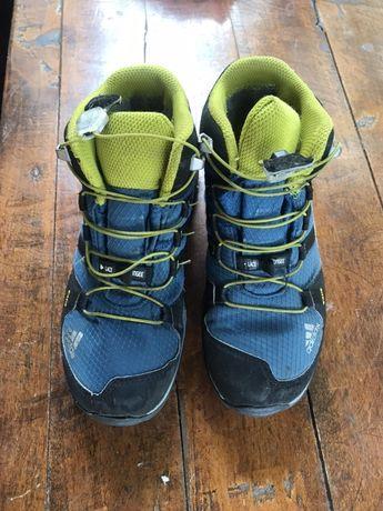 Зимни горатексови адидас маратонки