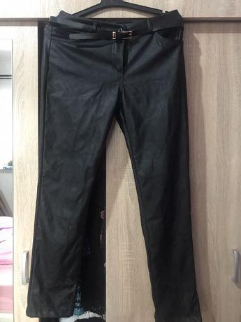 Pantaloni imitatie piele noi, marimea 36