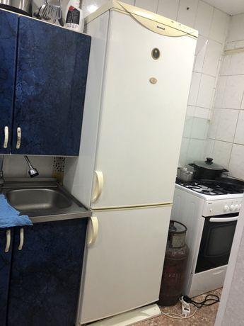 Продам холодильник Snaige