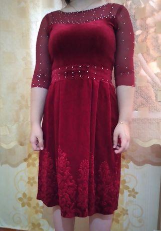 Платье из королевского велюра.