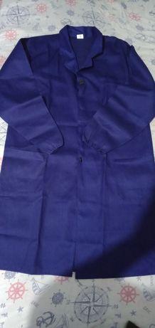 Продаю халаты рабочие синие,черные