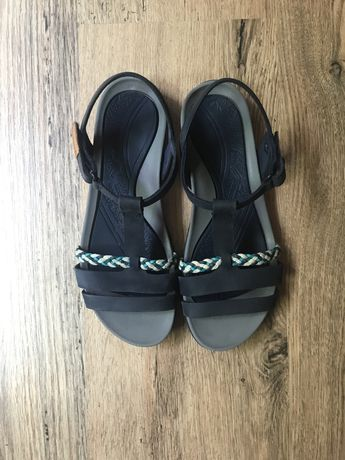 Vand sandale bleumarin Clarks marimea 35,5