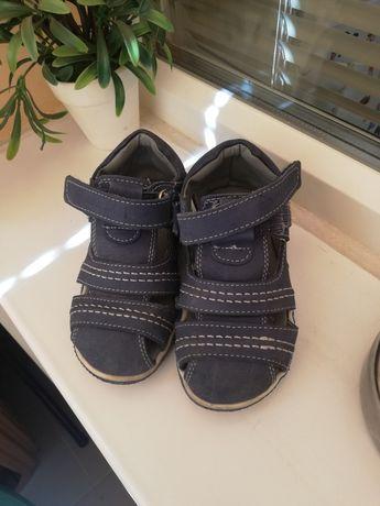 Детски сандали за момче 23 номер!