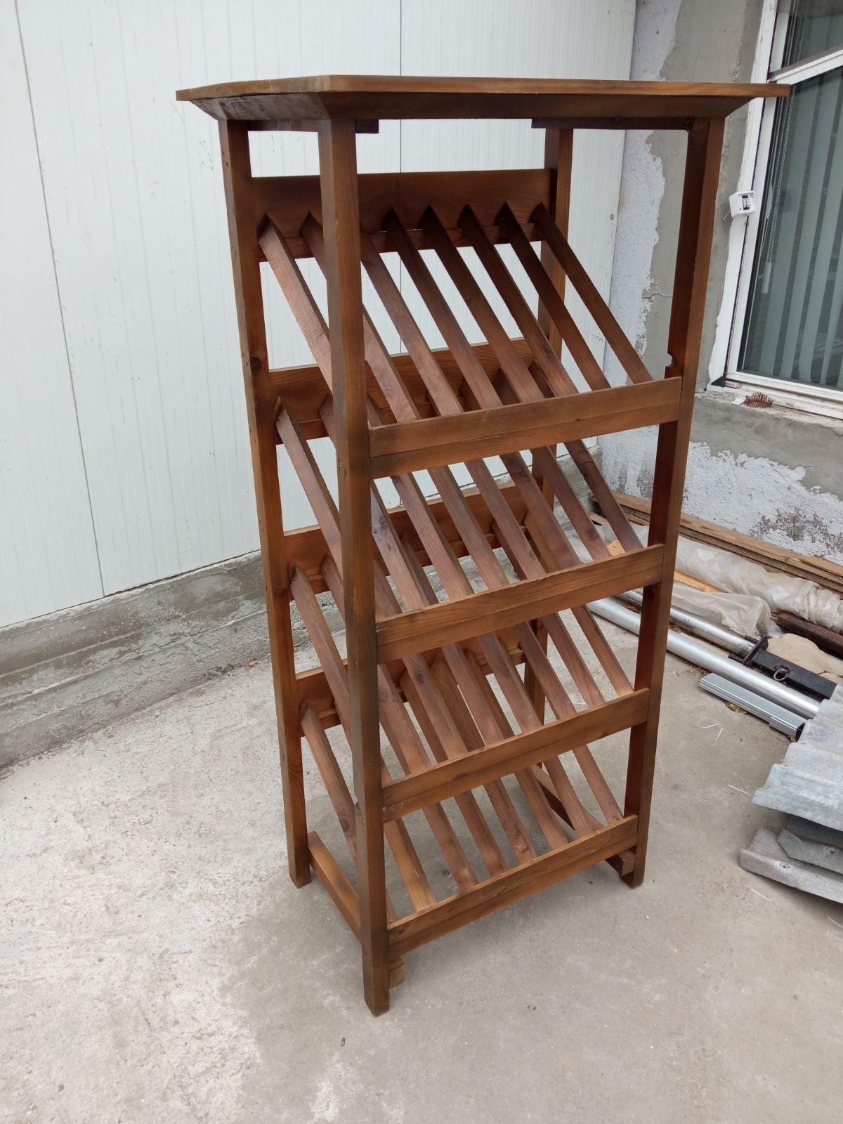 Дървени стелажи, търговско обзавеждане