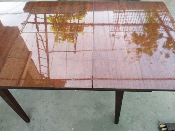 Дървена маса холна .размери дължина 1,70см, шир.0.85см,вис.0.78см