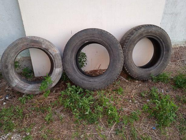 Продам резину покрышку и колесо, размер 235/70/16. Р16, R16