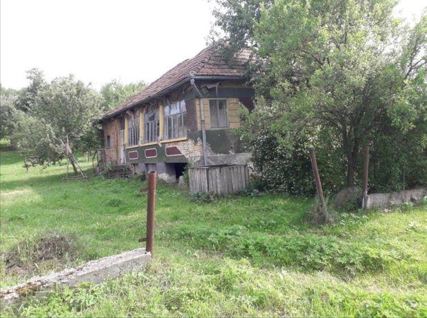 Casa de vânzare