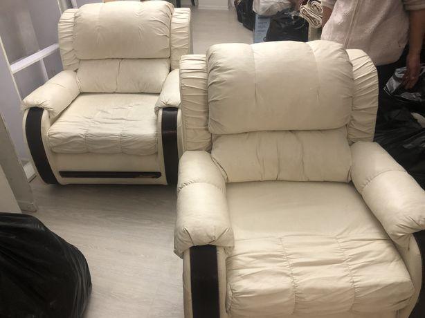 Продаем 2 кресла