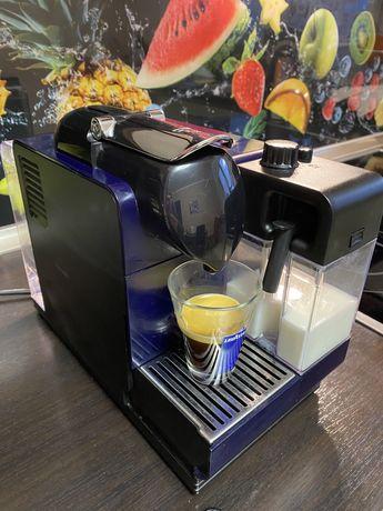 Aparat Cafea Delonghi cu capsule cadou