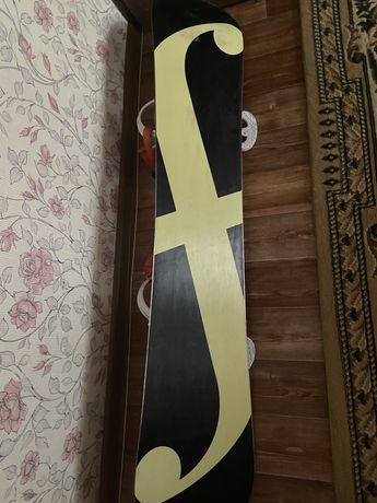 Продам сноуборд женский forum 152sm